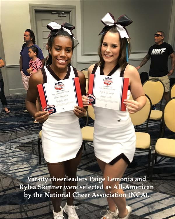 EHS Cheer Excels at Camp